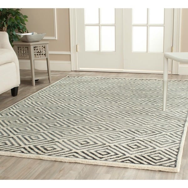 Safavieh Hand-knotted Mosaic Modern Ivory/ Grey Wool/ Viscose Rug - 8' x 10'