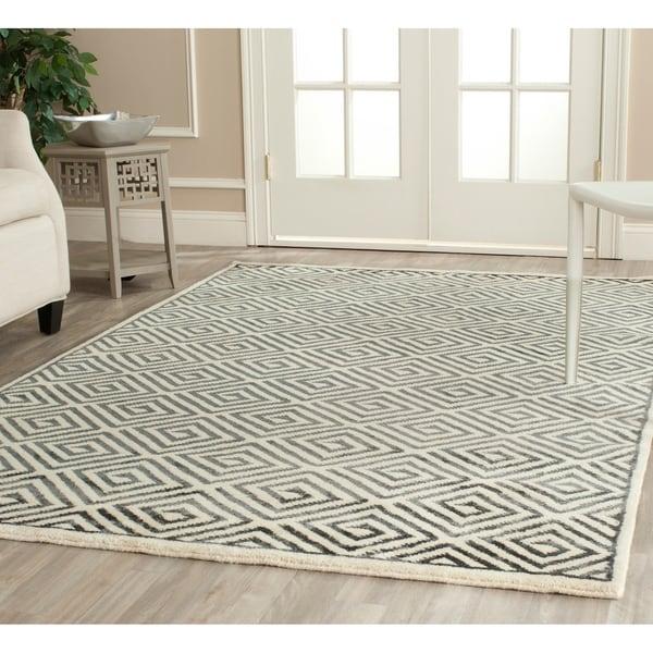 Safavieh Hand-knotted Mosaic Modern Ivory/ Grey Wool/ Viscose Rug - 8' x 10'