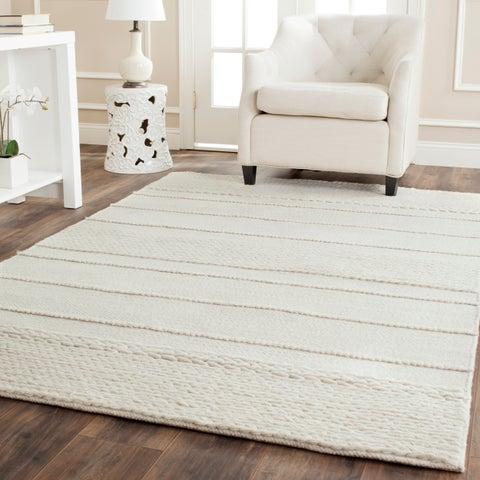 Safavieh Handmade Natura Natural Wool Rug - 5' x 8'