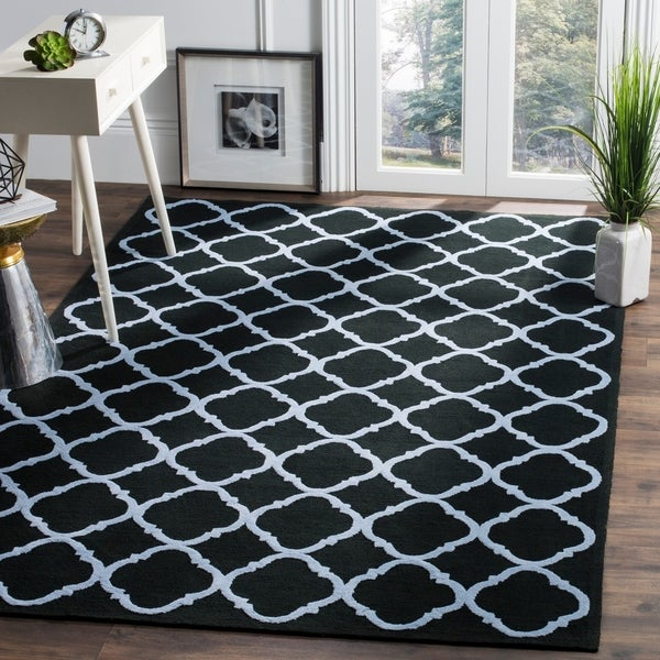 Safavieh Hand-hooked Newport Black/ Blue Cotton Rug - 7'9 x 9'9