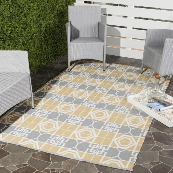 Thom Filicia Hand-woven Indoor/ Outdoor Beige/ Grey Rug (5' x 8')