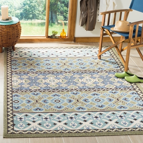 Safavieh Veranda Piled Indoor/ Outdoor Green/ Blue Rug - 4' x 5'7