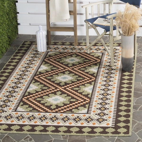 Safavieh Veranda Piled Indoor/Outdoor Chocolate/Terracotta Geometric Rug - 8' x 11'2'