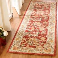 Safavieh Hand-hooked Chelsea Red Wool Rug (2'6 x 20') - 2'6 x 20'