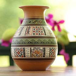 Handcrafted Ceramic 'Inca Splendor' Cuzco Vase (Peru)
