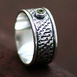 Handmade Sterling Silver Men's 'A Brighter Future' Peridot Ring (Indonesia)