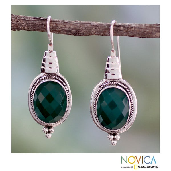 Sterling Silver 'Sea of Green' Agate Earrings (India)