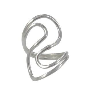 Handmade Alpaca Silvertone Wavy Ring (Mexico)