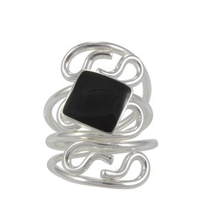 Handcrafted Black Resin and Alpaca Silvertone Ring (Mexico)