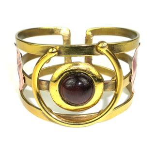 Handmade Earthy Red Tiger Eye C Brass Cuff (South Africa)