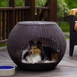 The Igloo Indoor/Outdoor Brown Faux-rattan Pet Bed/End Table - Thumbnail 1