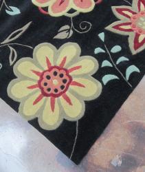 Hand-tufted Chalice Black Floral Rug (3'6 x 5'6)
