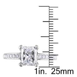 Miadora 18k White Gold 1 4/5ct TDW Certified Radiant-cut Diamond Ring - Thumbnail 2