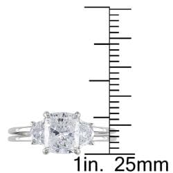 Miadora 14k White Gold 2 1/10ct TDW Cushion-cut Diamond 3-stone Ring - Thumbnail 2