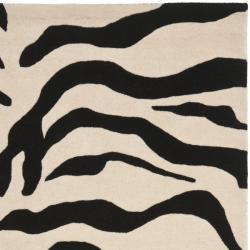 Safavieh Handmade Soho Zebra Beige/ Black New Zealand Wool Rug (5'x 8') - Thumbnail 1
