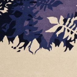 Safavieh Handmade Soho Silhouette Beige New Zealand Wool Rug (3'6 x 5'6') - Thumbnail 2