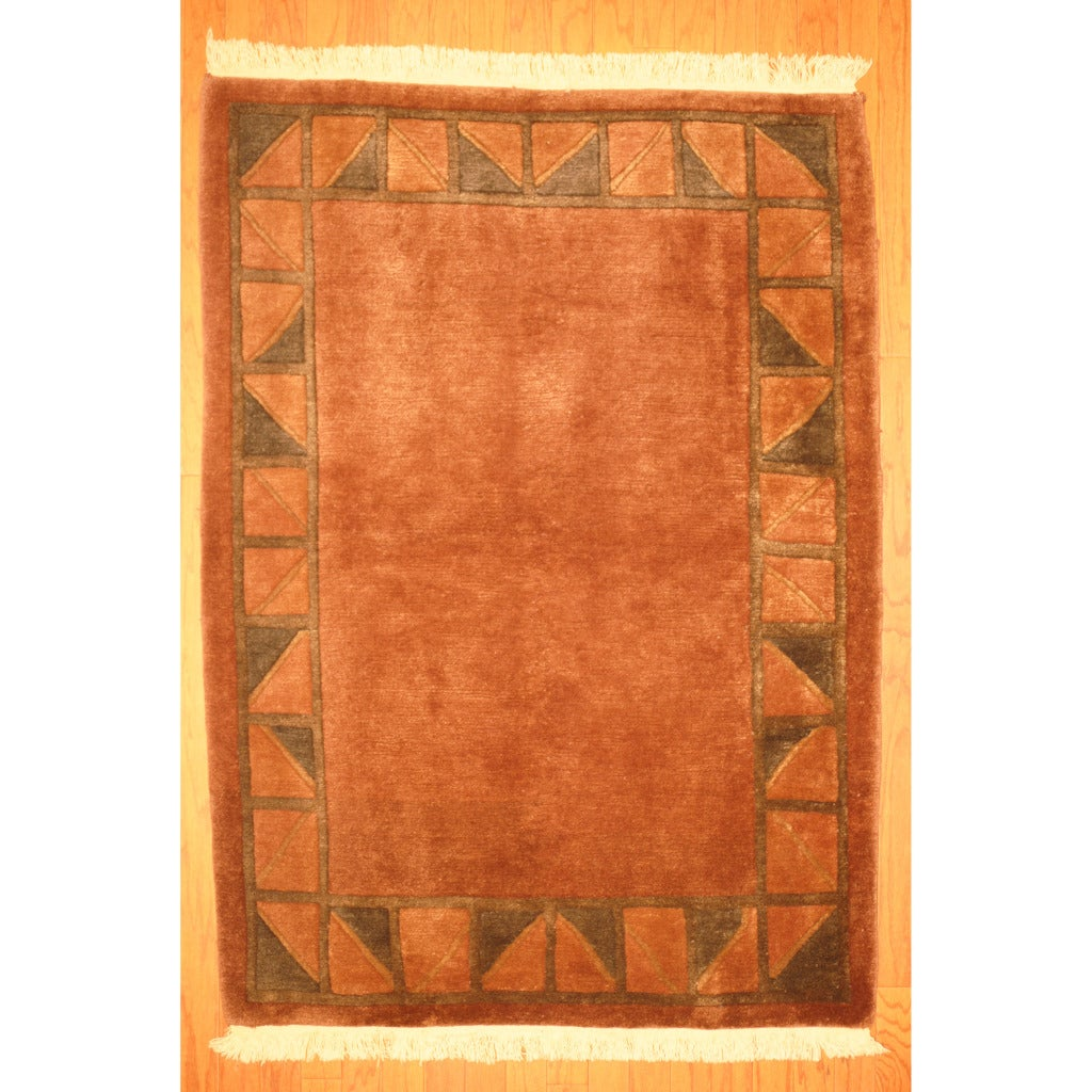 Indo Hand-knotted Tibetan Brown/ Beige Wool Rug (4'1 x 5'8)