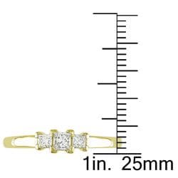 Miadora 14k Yellow Gold 1/4ct TDW Diamond 3-stone Ring (G-H, SI1-SI2)