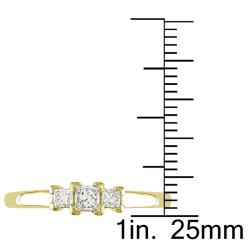 Miadora 14k Yellow Gold 1/4ct TDW Diamond 3-stone Ring (G-H, SI1-SI2) - Thumbnail 2