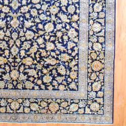 Persian Hand knotted Kashan Navy/ Light Blue Wool Rug (103 x 163