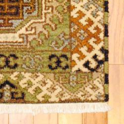 Indo Hand-knotted Kazak Light Green/ Ivory Wool Rug (2' x 4') - Thumbnail 1