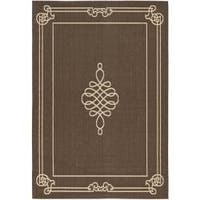 Safavieh Courtyard Classic Chocolate/ Cream Indoor/ Outdoor Rug - 8' x 11'2