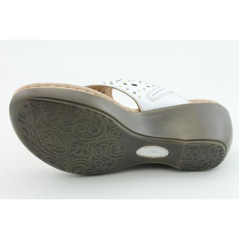 Clarks Artisan Women's Newland Dazzle White Sandals