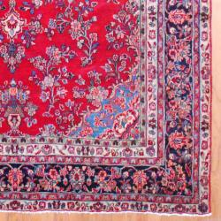 Persian Hand-knotted Sarouk Red/ Navy Wool Rug (8'6 x 11'10) - Thumbnail 2