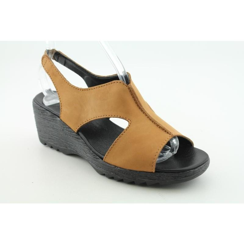95f36f7c6 Shop The Flexx Women s Leave It Beiges Sandals - Free Shipping On Orders  Over  45 - Overstock.com - 6685978