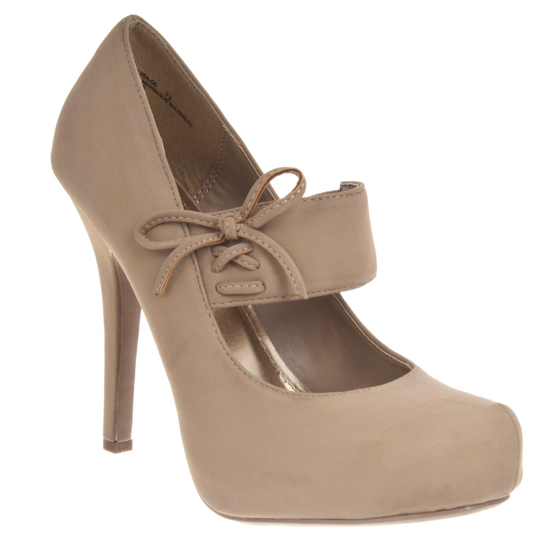 Riverberry Women's 'Olisa' Hidden Platform Mary Jane Heels