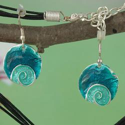 Handcrafted Metal & Enamel 'Pacific Blues' Necklace & Earrings Set (India)