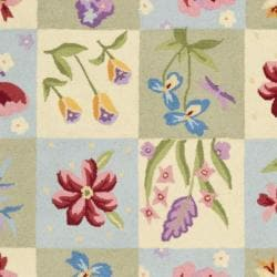 Safavieh Hand-hooked Butterfly Gardens Wool Rug (5'3 x 8'3) - Thumbnail 2