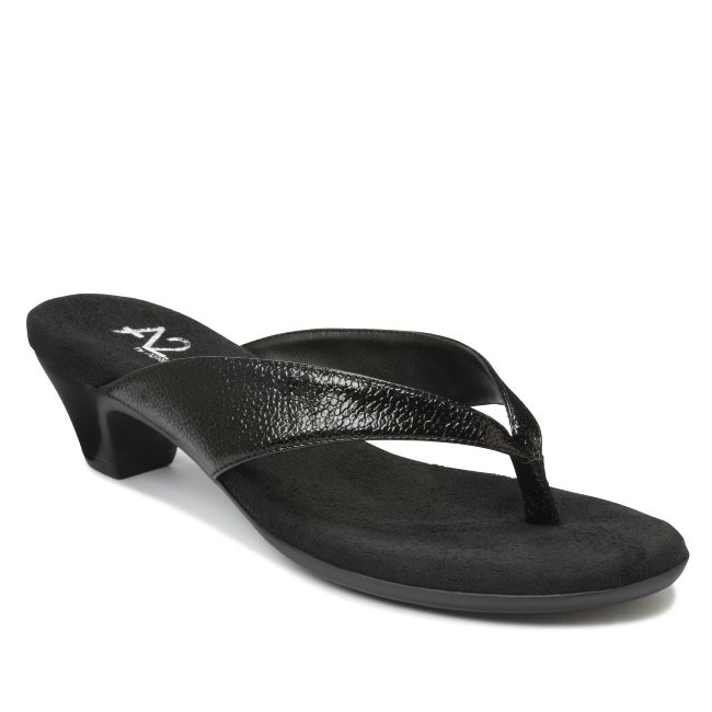 A2 by Aerosoles Women's 'Parlor Game' Black Thong Sandals
