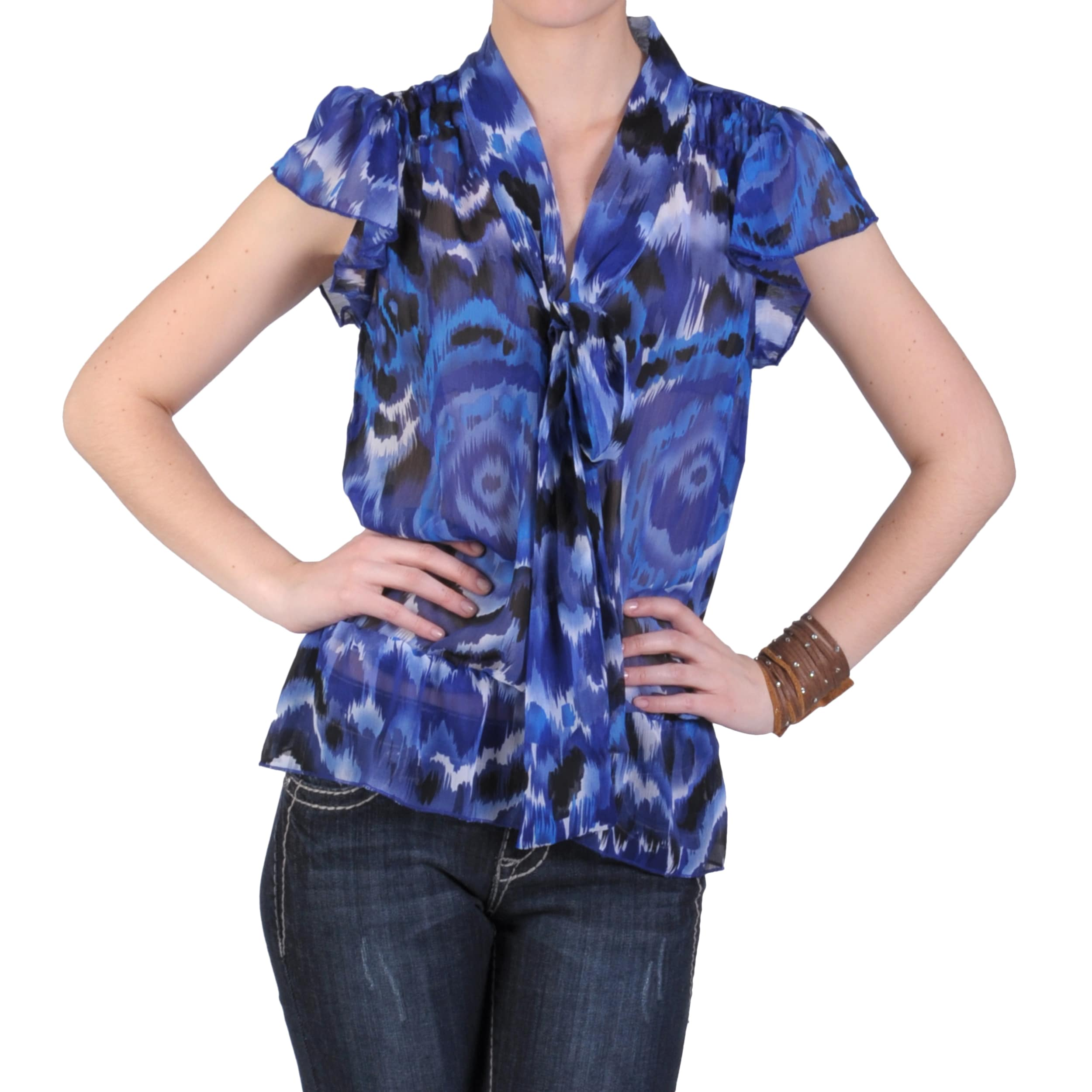 Journee Collection Junior's Short-sleeve V-neck Chiffon Top