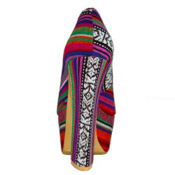 Fahrenheit Women's 'Anne-42' Canvas Rainbow-striped Red Chunky Heel Pump - Thumbnail 2