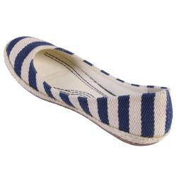 Journee Collection Women's 'Karri-09' Striped Round Toe Ballet Flats