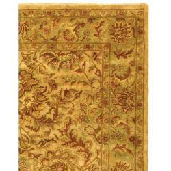 Safavieh Handmade Classic Mahal Ivory Wool Rug (7'6 x 9'6)