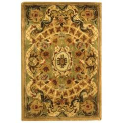 Safavieh Handmade Classic Empire Taupe/ Light Green Wool Rug (2' x 3')