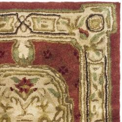 Safavieh Handmade Classic Burgundy/ Beige Wool Rug (2' x 3')