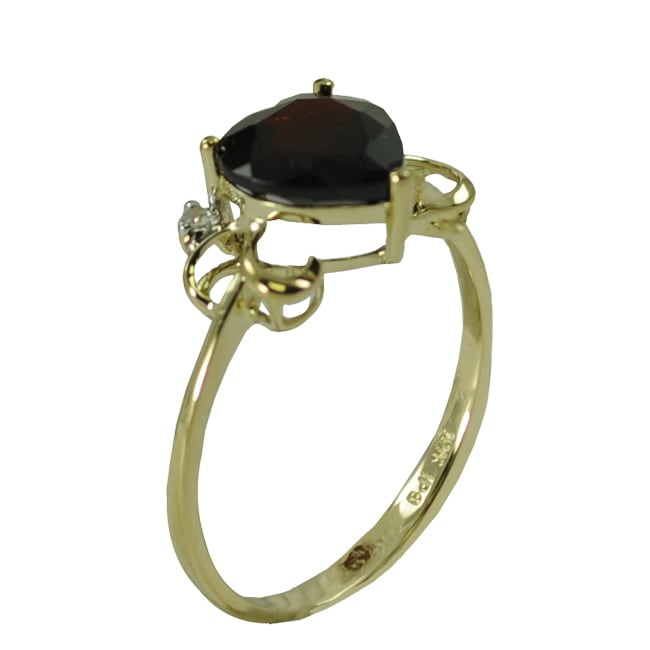 Gems For You 10k Yellow Gold Garnet and Diamond Accent Heart Ring