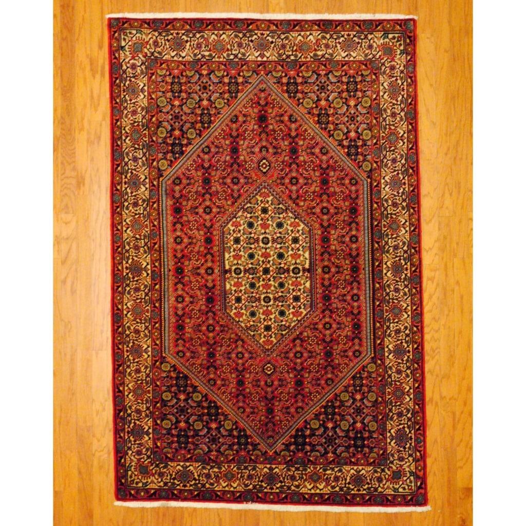 Persian Hand-knotted Bidjar Red/ Ivory Wool Rug (5'2 x 8'2)