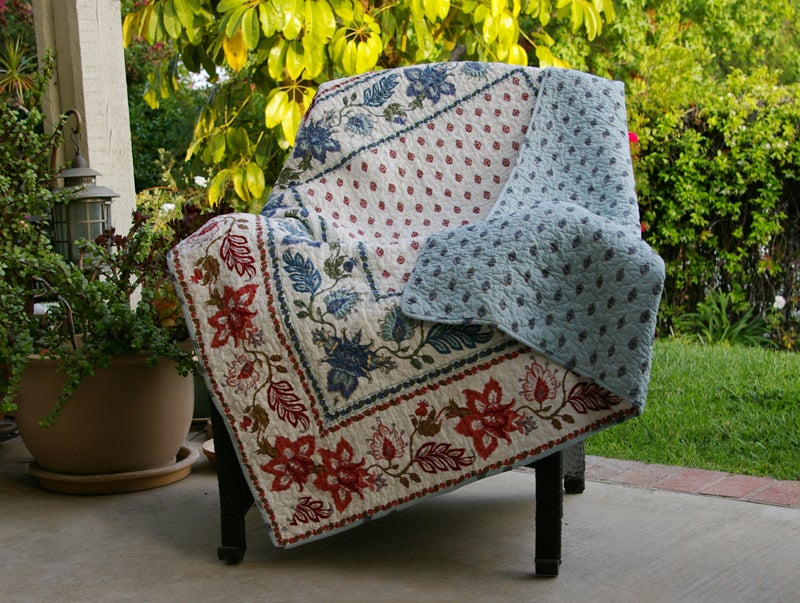 Greenland Home Fashions Madeline Quilted Throw
