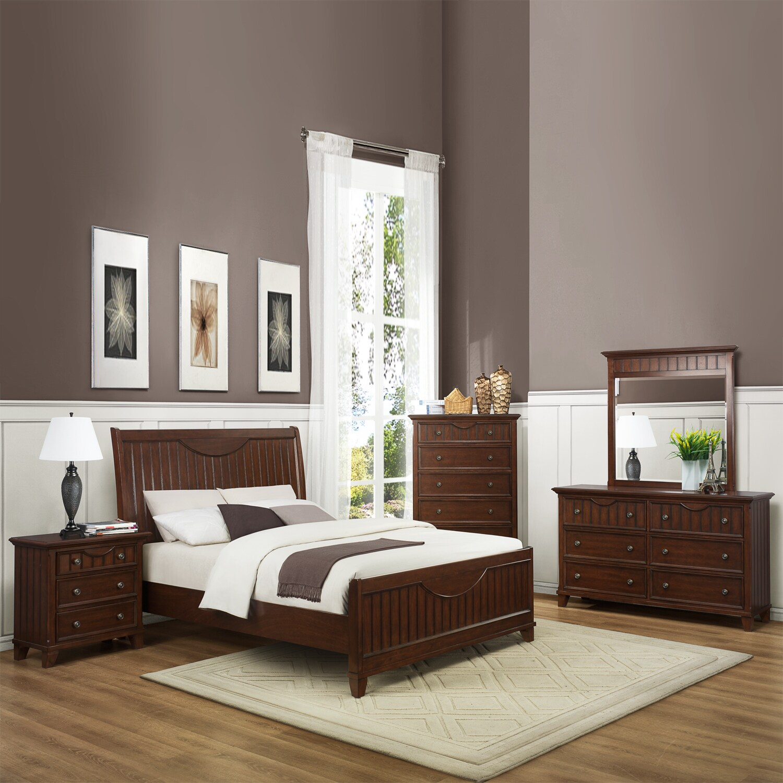 Alderson Warm Cherry 5-piece Cottage Queen-size Bedroom Set