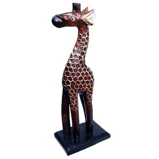 Hand-carved 12-inch Textured Giraffe Figurine (Indonesia)