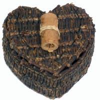 Handmade 3-inch Heart-shaped Clove Box, Handmade in Indonesia