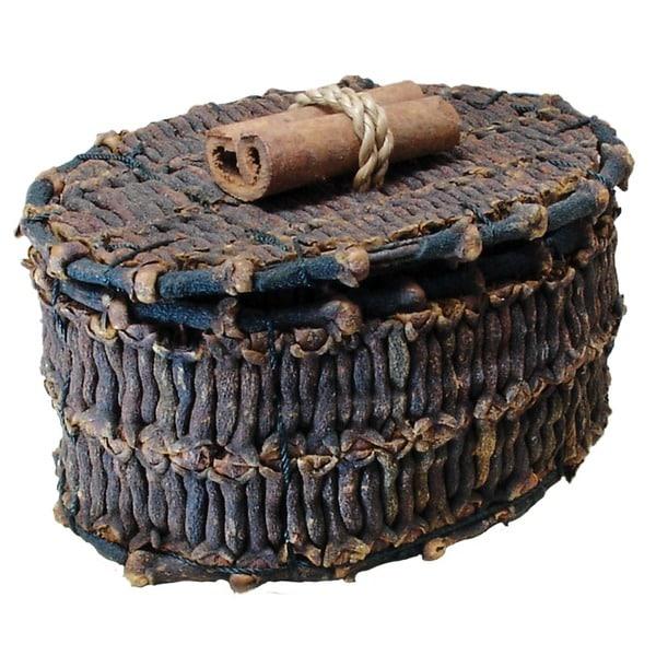 "Handmade 3"" Oval Decorative Clove and Cinnamon Box (Indonesia)"