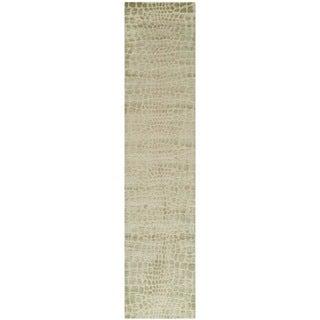 Martha Stewart Amazonia Hanging/ Moss Silk Blend Rug (2'3 x 10')