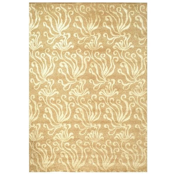 Martha Stewart by Safavieh Seaflora Sand Silk/ Wool Rug - 7'9 x 9'9
