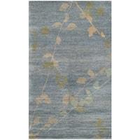 Martha Stewart by Safavieh Trellis Blue/ Quartz Wool Rug - 2'6 x 4'3