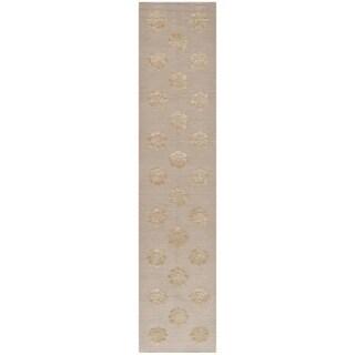 Martha Stewart Medallions Quartz Silk/ Wool Rug (2'3 x 10')